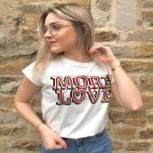 - NEW POST - @delplm @boutique_angels.be Malgré nos jours de confinement, @delplm nous propose son coup de cœur de ce dimanche !  T-shirt MORE LOVE avec la jupe en JEANS QUEEN HEARTS ❤️ Vous en pensez quoi ?  #boutiqueangelsfleron #boutiqueangelsheusy #boutiqueangelsheusy #heusy #beaufays #fleron #liege #belgium #anywhere #beautifulgirl #blog #blogueusemode #blogueuse #mode #clothes #shop #onlineshopping #online #instagram #confinement #confinementcreatif #confinementstyle #sunday