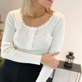 Cette petite blouse fait tout son charme 😍 et ne parlons même pas de la matière !  Retrouvez notre blouse MILENA disponible sur notre Eshop Angel'S ..  #boutiqueangelsfleron #boutiqueangelsheusy #boutiqueangelsheusy #heusy #beaufays #fleron #liege #belgium #anywhere #beautifulgirl #blog #blogueusemode #blogueuse #mode #clothes #shop #onlineshopping #online #instagram #confinement #outfitoftheday #inspirationoftheday