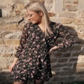 - NEW POST - @delplm  Robe Laziza fleur 🌸 est juste canon !  Une petit touche de couleur sur un fond noir .. On adore 😍 Dispo dans vos 3 boutiques Angel'S 📍  #boutiqueangelsfleron #boutiqueangelsheusy #boutiqueangelsheusy #heusy #beaufays #fleron #liege #belgium #anywhere #beautifulgirl #blog #blogueusemode #blogueuse #mode #clothes #shop #onlineshopping #online #instagram #sunny #day #sunset #thursday #outfitoftheday #love #instagram #instaclothes