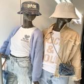 COLLECTION VIBES ⚡️/ Préparez-vous pour une mise en ligne de folie 🙈 Rendez-vous VENDREDI 16H !  #boutiqueangelsfleron #boutiqueangelsheusy #boutiqueangelsheusy #heusy #beaufays #fleron #liege #belgium #anywhere #beautifulgirl #blog #blogueusemode #blogueuse #mode #clothes #shop #onlineshopping #online #instagram #instaclothes #liege #blondehair #addicted #clothes #2021 #newcollection #outfitinspiration #outfitoftheday #tshirt #coton #d⚡️or