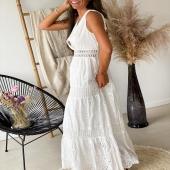 Robe Valentine ⚡️ Cette magnifique robe est disponible dans nos points de vente Angel'S ainsi que sur notre ESHOP !  Le prix ? 30€ seulement !  #boutiqueangelsfleron #boutiqueangelsheusy #boutiqueangelsheusy #heusy #beaufays #fleron #liege #belgium #anywhere #beautifulgirl #blog #blogueusemode #blogueuse #mode #clothes #shop #onlineshopping #online #instagram #instaclothes #liege #blondehair #addicted #clothes #2021 #newcollection #outfitinspiration #outfitoftheday #summervibes #dentelle #broderiemoderne #broderieanglaise